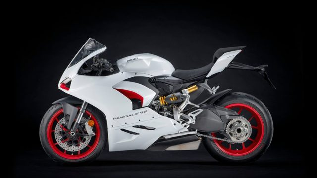 DUCATI_PANIGALE_V2 _3__UC173830_Low