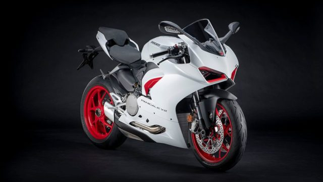 DUCATI_PANIGALE_V2 _4__UC173831_Low