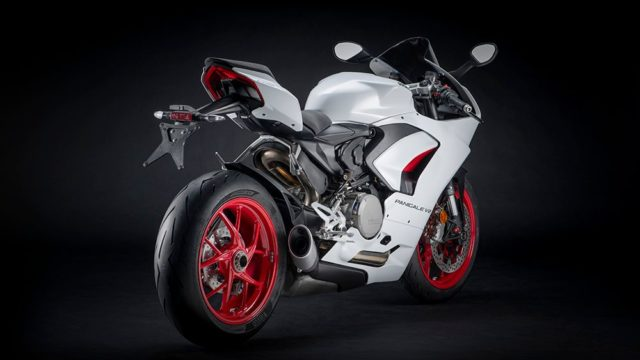 DUCATI_PANIGALE_V2 _6__UC173834_Low