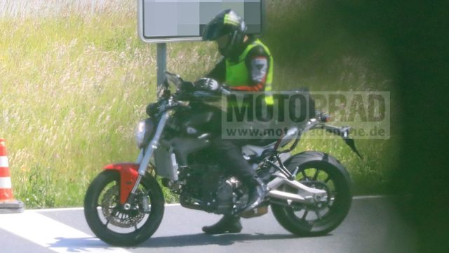 Spy Photos: Lots of Updates for the Incoming New Ducati Monster 2