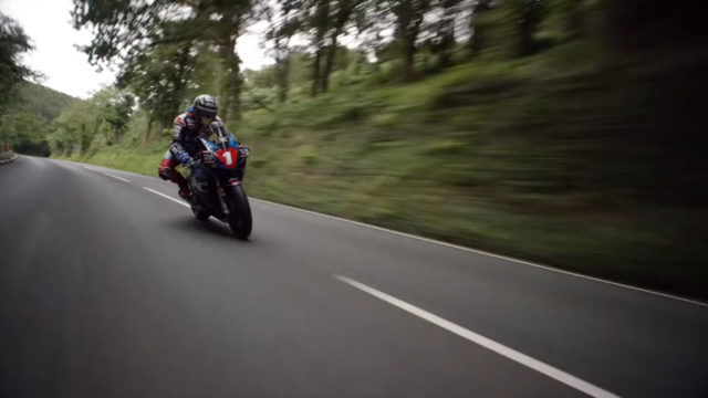 VIDEO: Looking at IOM TT Racer John McGuinness Riding from all Angles 17