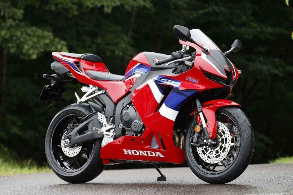 2021 honda cbr600rr  here are the first unofficial photos