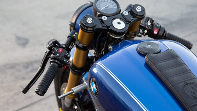 Behold the BMW R18 Dragster 59