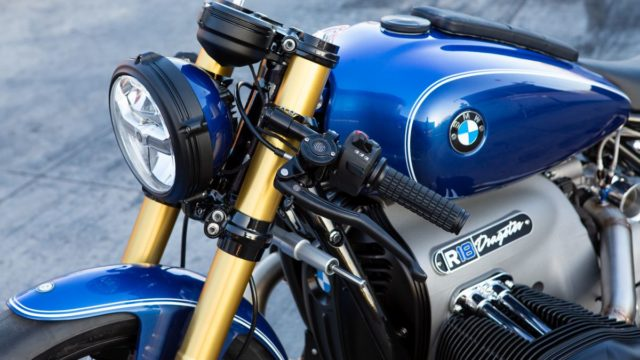 Behold the BMW R18 Dragster 55