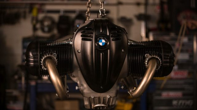 Behold the BMW R18 Dragster 62