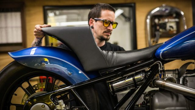 Behold the BMW R18 Dragster 66