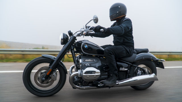 BMW R18 - First Ride Review 47