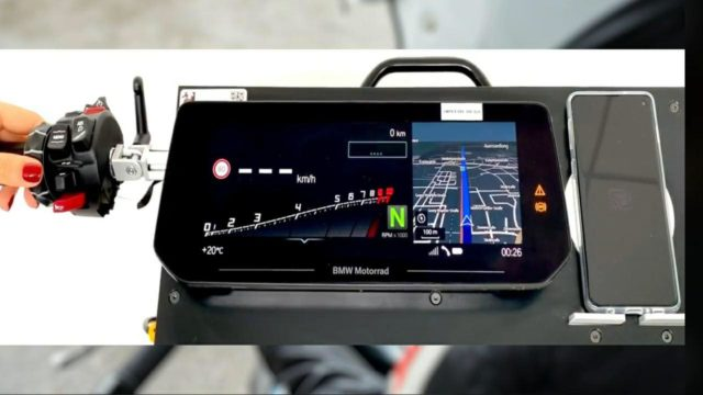 This is the new BMW Motorrad TFT-Display 2