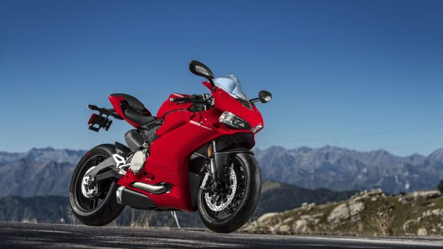 Ducati 959 Panigale. New sport middleweight 1