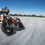 KTM 690 Duke. Big updates for 2016 4