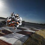 KTM 690 Duke. Big updates for 2016 5
