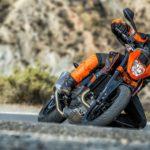 KTM 690 Duke. Big updates for 2016 7