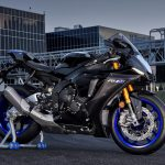 Behold the 2020 Yamaha YZF-R1M in All Its Splendor 10
