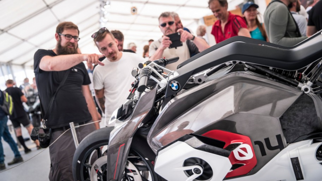 BMW Electric Motorcycle Walkaround & Insights 1