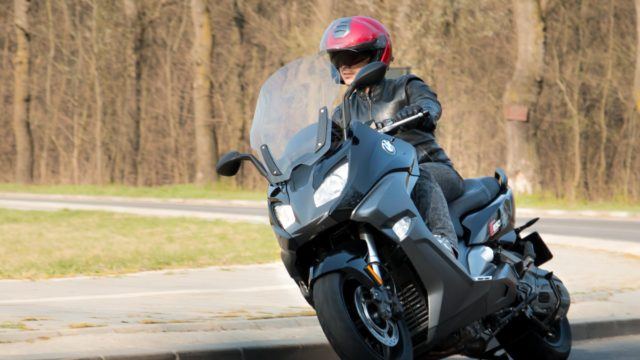 2016 BMW C650 Sport Review 6