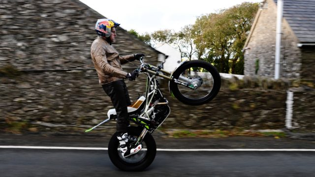 How to Wheelie a Complete Isle of Man TT Course 1