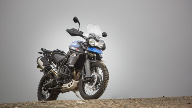 triumph tiger 800 xcx vs bmw f800gs1