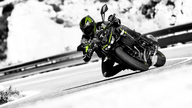 2017 Kawasaki Z1000R revealed. Specs & Gallery 1