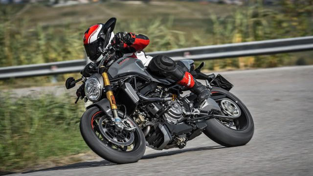 2017 Ducati Monster 1200 and 1200S Unveiled in Milan 9