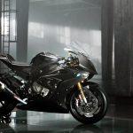 BMW HP4 Race Carbon Fiber Superbike. A closer look 2
