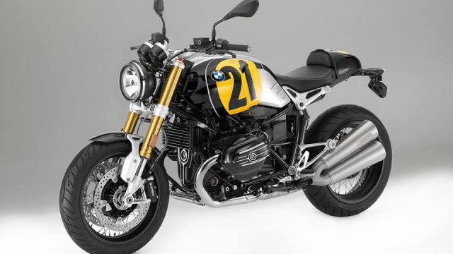 Naked motorcycle13