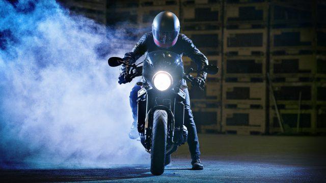 2017 Yamaha XSR900 Abarth EU Nimbus Grey Static 003