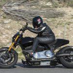 ARCH Motorcycle KRGT-1 Road Test - Star Struck 22