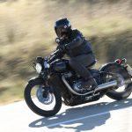 Triumph Bonneville Bobber Test: So Cool, So Comfortable 16