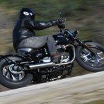 Triumph Bonneville Bobber Test: So Cool, So Comfortable 28