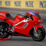 Honda NR750 RC40 Test: Unaffordable Excellence 3