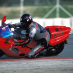 Honda NR750 RC40 Test: Unaffordable Excellence 11
