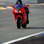 Honda NR750 RC40 Test: Unaffordable Excellence 8