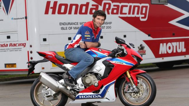 Guy Martin & John McGuinness - Honda Racing's Dream Team for 2017 1