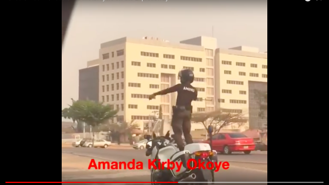This Policeman is dancing ON the Motorcycle VIDEO 1