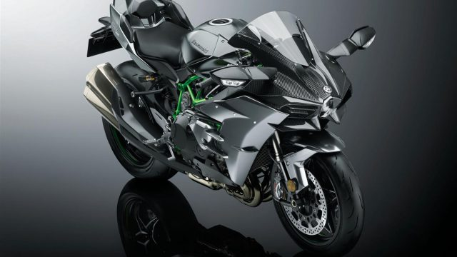 Kawasaki Ninja H2 Carbon   2