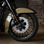 2017 Harley-Davidson Road King Special unveiled. Features & Price 5