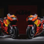 2017 KTM RC16 Revealed. The V4 Beast is Ready to Race 17