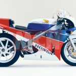 Honda is working on a V4 Superbike. The spirit of RC30 is back 5
