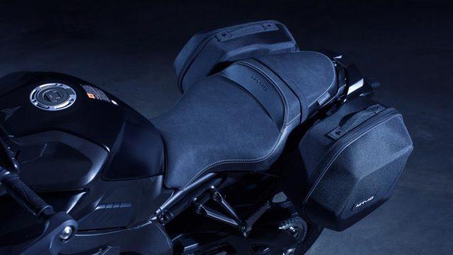 2017 Yamaha MT10 Tourer Edition EU Tech Black Detail 001