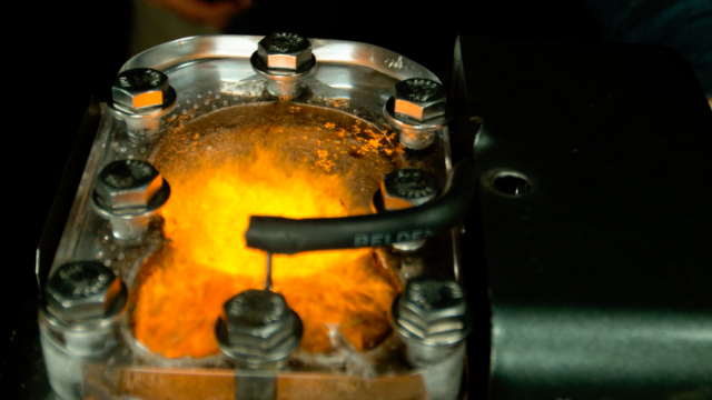 Watch Engine Combustion in 4K Slow Motion 1
