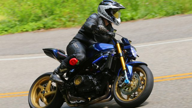 Honda VFR 750 RC36 StreetFighter (12)