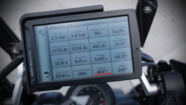 How I hit 483 km/h (300 mph) with my R1200GS 1
