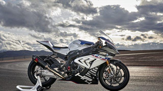 BMW HP4 RACE 11