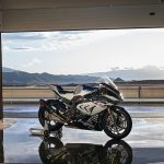 2017 BMW HP4 Race Revealed - Mind-blowing! 3