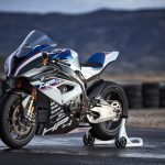 2017 BMW HP4 Race Revealed - Mind-blowing! 23