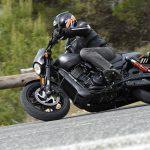 Harley-Davidson 750 Street Rod Road Test: Milwaukee's Monster 17