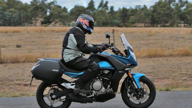 CF Moto Action 5