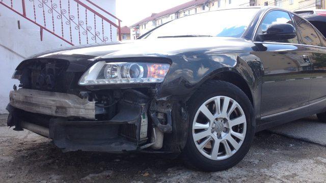 BMW vs Car accident.JPG