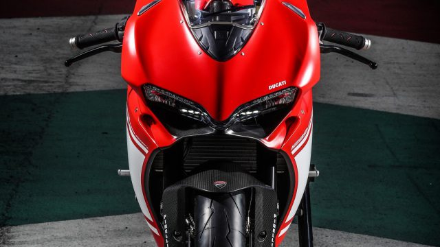 Ducati_superleggera_riders78