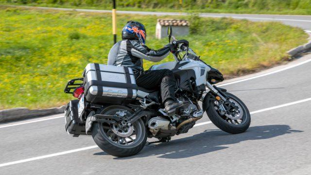 Riders_benelliTRK50210